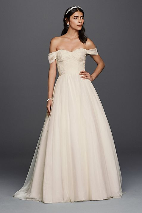 Petite Tulle Beaded Lace Sweetheart Wedding Dress | David\'s Bridal