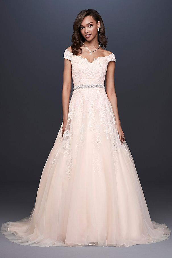 Off-the-Shoulder Applique Ball Gown Wedding Dress WG3940