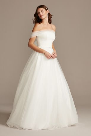 Off the Shoulder Pleated Tulle Wedding Dress