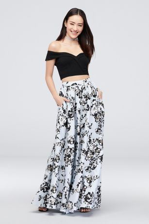 Off the Shoulder Crop Top Two-Piece Skirt Set