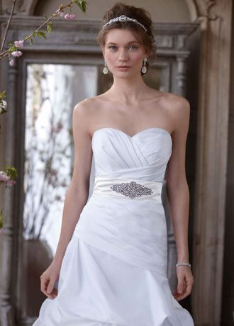 Dropped Waist Strapless Sweetheart Wedding Gown