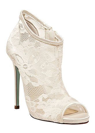 david bridal wedding shoes david s bridal wedding amp bridesmaid shoes betsey johnson 3314