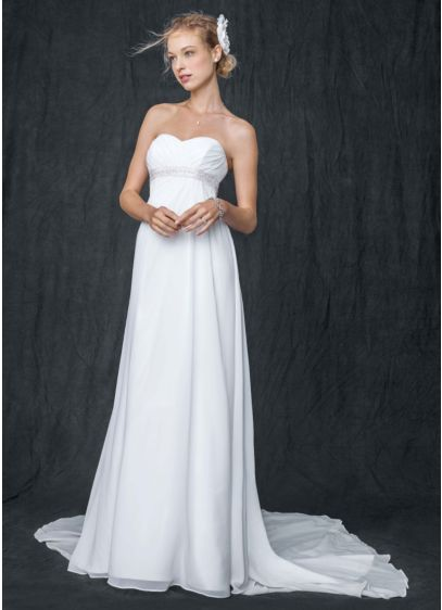 Sweetheart Chiffon Wedding Dress with Side Drape | David\'s Bridal